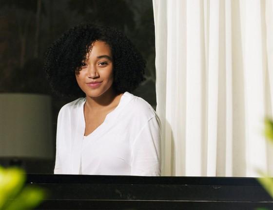 Amandla Stenberg é a protagonista do filme Tudo e todas as coisas. É revigorante ver um rosto negro a frente de uma produção voltada para jovens adultos (Foto: Everett Collection/AGBPHOTO)