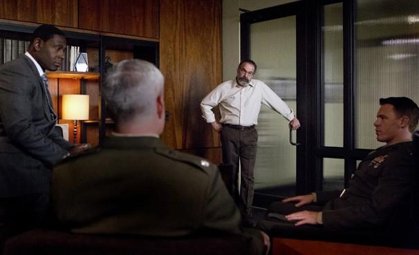 Estes manda Mike parar com as investigações (Foto: Divulgação / Twentieth Century Fox)