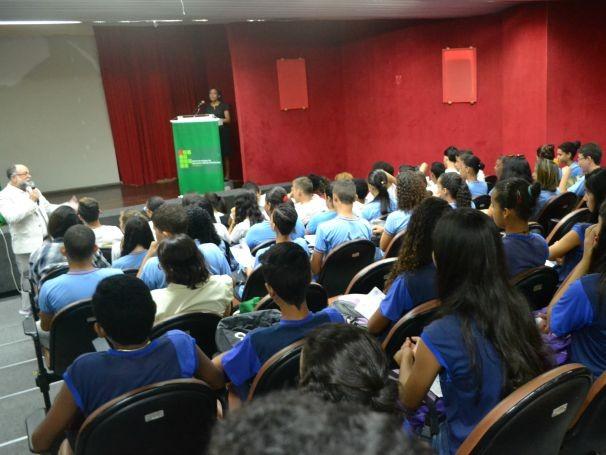 Objetivo do evento é receber as escolas para informar sobre os cursos e a área de atuação de cada um (Foto: Divulgação)