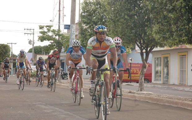 Primeira etapa de Circuito  Tocantinense de Ciclismo acontece em Gurupi (Foto: Osterno Parrião/Sejuves)