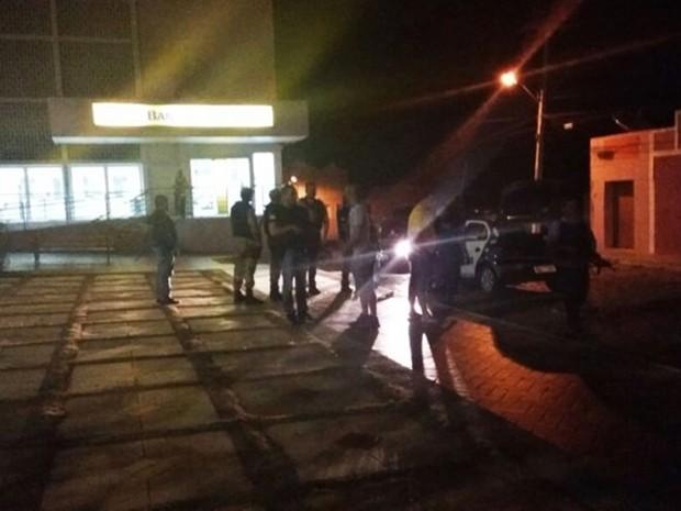 Banco do Brasil foi alvo da quadrilha em Umarizal (Foto: PM/Divulgação)