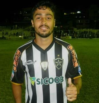 Rodrigo Matos meia Colo Colo (Foto: Arquivo Pessoal)