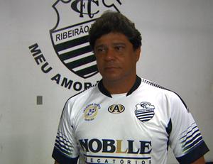 Play Freitas, técnico do Comercial (Foto: Reprodução EPTV)
