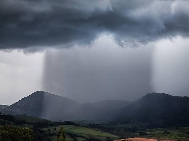 Resultado de imagem para fotos de chuvas