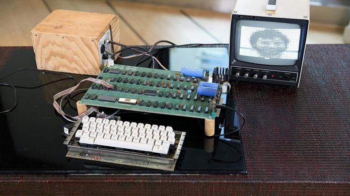 Apple-1 foi vendido por mais de R$ 2 milhões (Foto: Divulgação)