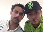 Fred e Neymar fazem 'selfie' com caras de marrentos