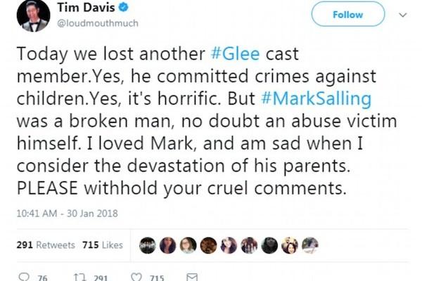 Membros do elenco e da produção de Glee lamentaram a morte de Mark Salling nas redes sociais (Foto: Reprodução)