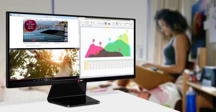 Trabalho multitarefa realizado em monitor Ultrawide (Foto: Divulgação/LG)