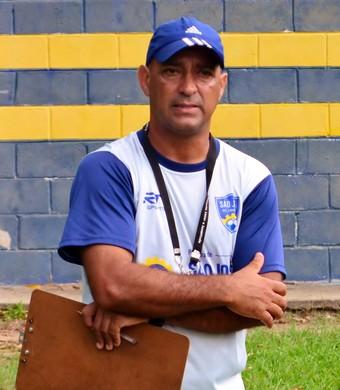 Nedílson Oliveira técnico São José dos Campos Copa São Paulo de Futebol Júnior (Foto: Danilo Sardinha/GloboEsporte.com)