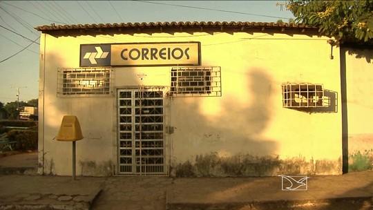 Moradores de Igarapé do Meio precisam viajar para pagar contas