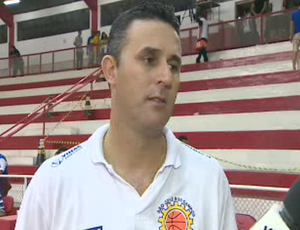 Paulo Cezar Jaú, técnico do São José na LDB (Foto: Reprodução/ TV Vanguarda)