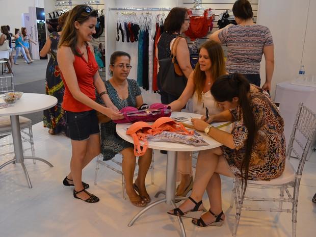 eefb83332 'Sacoleiras' movimentam mercado de lingerie no polo de Juruaia '