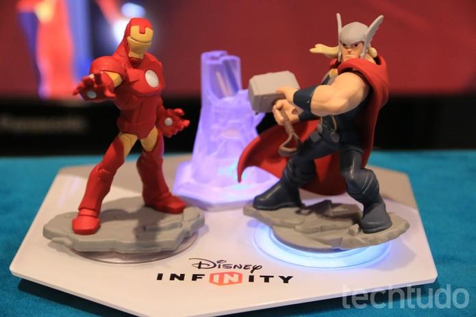 Disney Infinity 2.0 oferece um Kit inicial dos Vingadores (Foto: Lucas Mendes/ TechTudo)