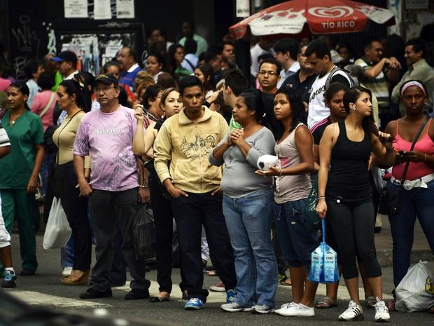 Um grande apagão afetou nesta terça-feira (3) boa parte de Caracas, capital da Venezuela, e vários estados do país, segundo a imprensa. (Foto: Juan Barreto/AFP)