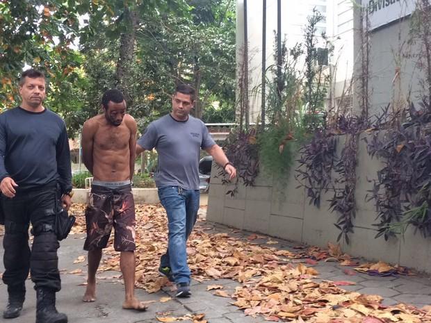 Homem preso por esfaquear mulher já havia sido namorado dela (Foto: Fernanda Rouvenat/G1)
