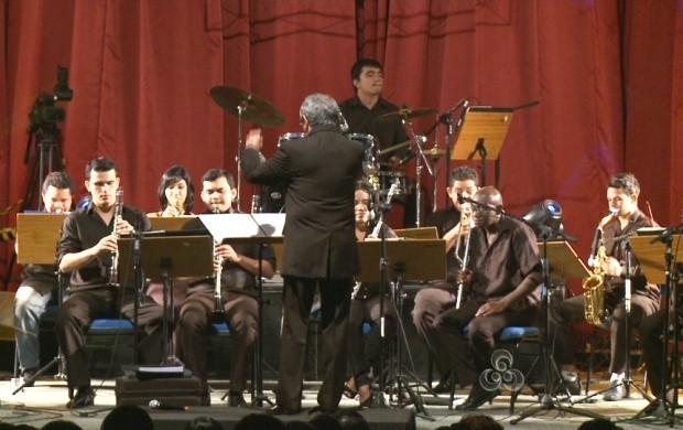 Cerca de 40 músicos se apresentaram na Universidade (Foto: Bom Dia Amazônia)