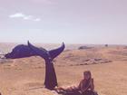 Grazi Massafera posta foto brincando de sereia em Fernando de Noronha