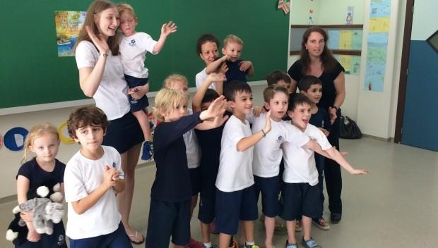 Após instalação da fábrica da BMW em Araquari, número de alunos alemães numa escola de Joinville cresceu (Foto: Cinthia Raash/RBS TV)