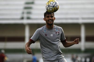 Há vida sem Scarpa  Marcão tenta montar Fluminense sem seu camisa 10 8e9d5872a5307