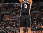 Parker guia vitria dos Spurs, e Kobe assiste  eliminao dos Lakers
