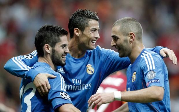 Cristiano Ronaldo, Isco e Benzema gol Real Madrid (Foto: Reuters)