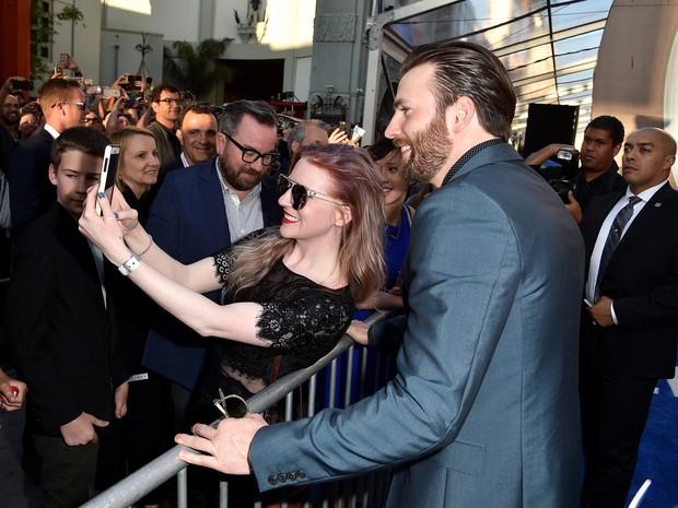 Chris Evans em première em Los Angeles, nos Estados Unidos (Foto: Kevin Winter/ Getty Images/ AFP)