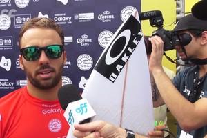 Caio Ibelli se classifica para o 3º round da etapa do Rio do Mundial de Surfe
