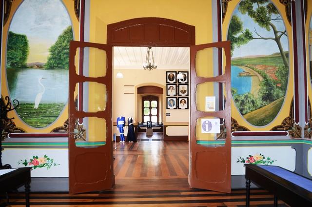 Área interna do Centro Cultural João Fona, em Santarém, no Pará (Foto: Adonias Silva/G1)
