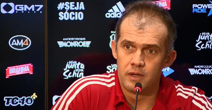 Eduardo Baptista, técnico da Ponte Preta (Foto: Reprodução EPTV)