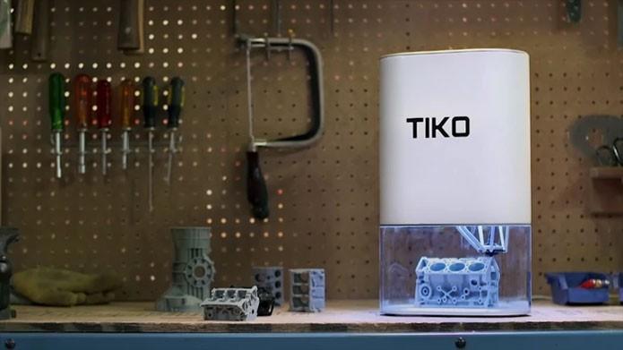 Design atraente garante custo reduzido, segurança e praticidade à impressora (Foto: Divulgação/Tiko3D)