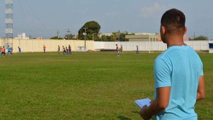 Paulos Nascimento esteve em Porto Velho em busca de novos talentos (Foto: Jheniffer Núbia)