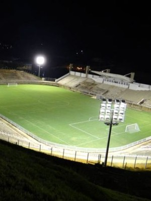 Estádio Soares de Azevedo Muriaé (Foto: Silvan Alves)