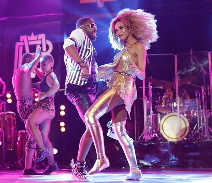 O casal arrasa na coreografia! (Foto: Pedro Carrilho/Gshow)
