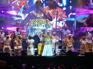 Bloco Afro Ilê Aiyê abriu primeiro dia de festas de Réveillon em Salvador nesta segunda-feira (Foto: Max Haack/Agecom)
