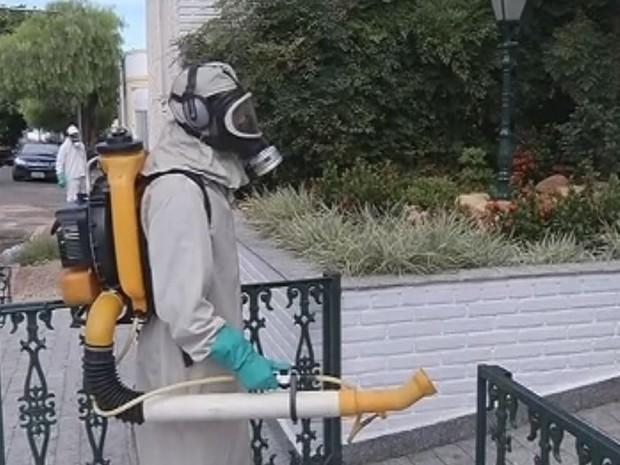 Empresa foi contratada para fazer nebulização em Marília (Foto: Reprodução / TV TEM)