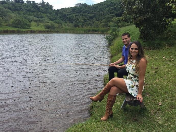 Pedro Leonardo e Aline Lima apresentam o Mais Caminhos na Fazenda Águas Claras, em Itapira (SP) (Foto: reprodução EPTV)