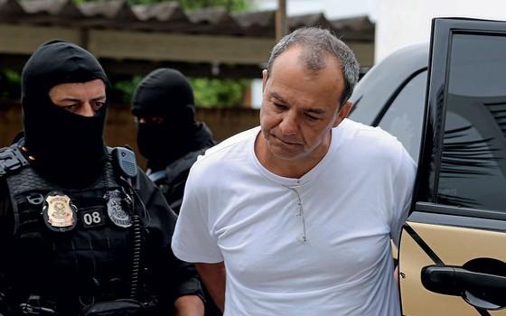 O ex-governador Sérgio Cabral  é transferido de presídio.Advogados temem a setença que o juiz Bretas dará a ele (Foto: Geraldo Bubniak/Agência O Globo)