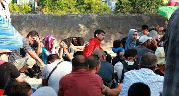 ONG calcula que mais de 3 mil refugiados estejam chegando a Lesbos por dia (Foto: BBC/Stella Chiarelli)