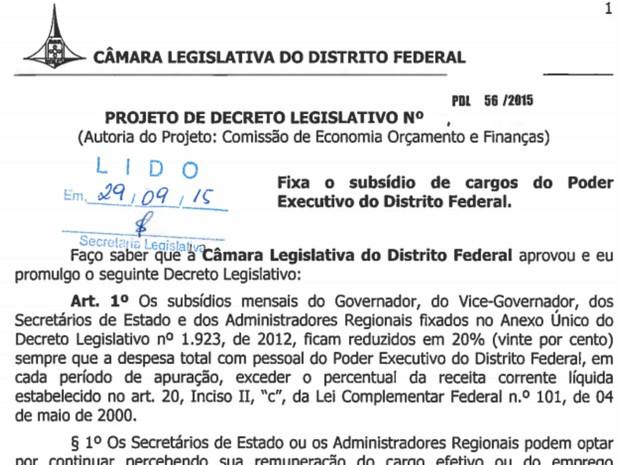 Decreto reduz salários do primeiro escalão do GDF enquanto limite da LRF for desrespeitado (Foto: Reprodução)