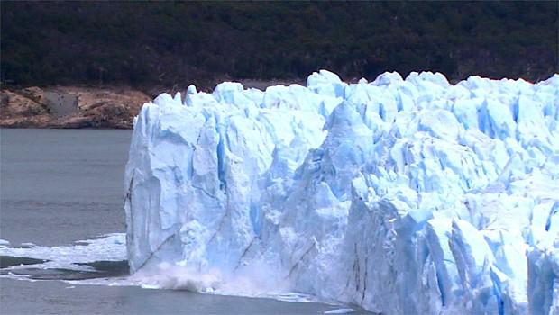 Na Patagônia Argentina, a geleira que cria uma das paisagens mais belas da natureza  (Foto: Reprodução EPTV)