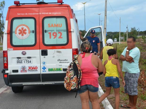 Menina estava na companhia da mãe e de outra criança quando pediu para ir ao encontro do padastro e sumiu (Foto: Walter Paparazzo/G1)
