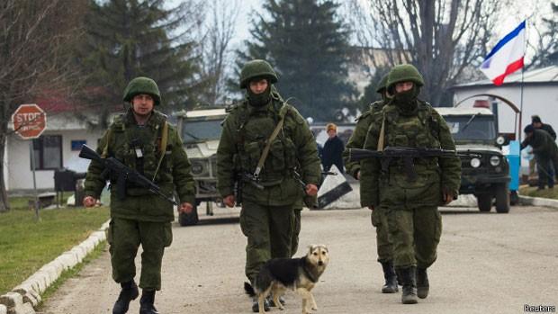 Kremlen teme que sua própria população se rebele contra autoritarismo (Foto: Reuters)