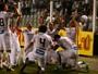 Sem esforço, Santos abre vantagem, mas Vasco renova esperanças no fim