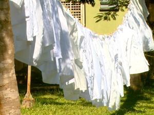 Estudantes de medicina da UFSCar vão manter jalecos pendurados em São Carlos (Foto: Reprodução/EPTV)