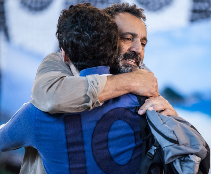 Miguel se despede de Felipe (Foto: Fabiano Battaglin / Gshow)
