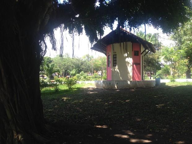Ponto cultural pretende aumentar visitações na praça Floriano Peixoto (Foto: Fabiana Figueiredo/G1)