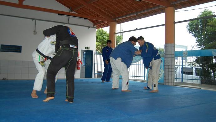 Equipe jiu-jitsu Campina Grande (Foto: David Henrique / TV Paraíba)