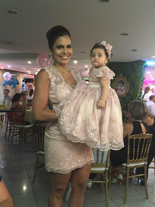 Raíssa Machado e a filha, Nicole (Foto: Alê Gomes  e Monica Marinho/Divulgação)
