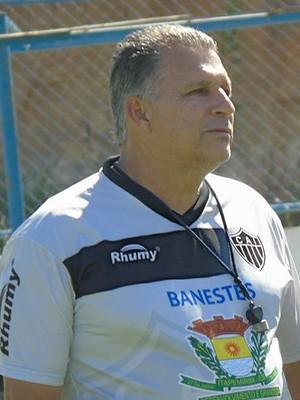 Zé Humberto, técnico do Atlético-ES (Foto: Karen Porto/Atlético-ES)