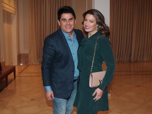 César Filho e Elaine Mickely em festa em São Paulo (Foto: Manuela Scarpa/ Brazil News)
